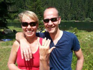 Gold Ehering in Moorsee verloren Auftragssucher Markus Pütterich konnte den Ring finden