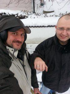 Platin Ehering im Schnee Matsch verloren Auftragssucher Markus Pütterich konnte den Ring wiederfinden