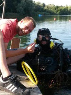 Auftragssucher Markus Pütterich Taucher Excalibur Mares suchen x finden